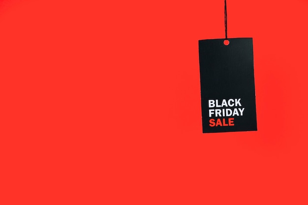 Czarna tablica z napisem i napisem