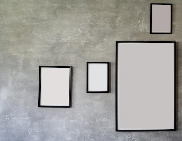 Czarne drewniane ramki na zdjęcia, zestaw kolekcji na nowoczesnej ścianie, wystrój wnętrz