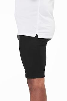 Czarne obcisłe szorty męskie skierowane do części bocznej