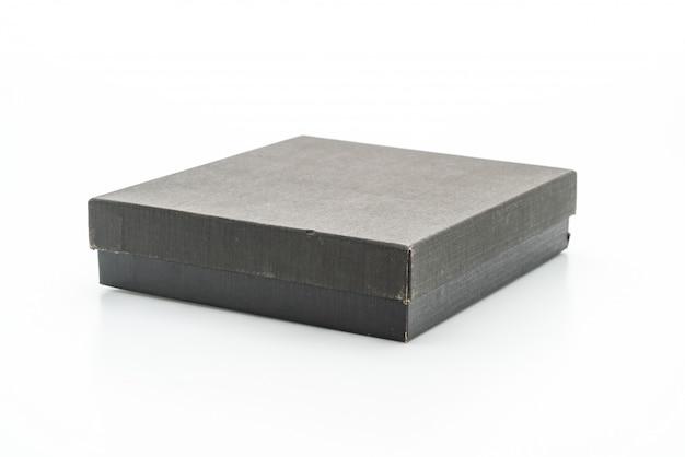 Czarne pudełko na białym tle