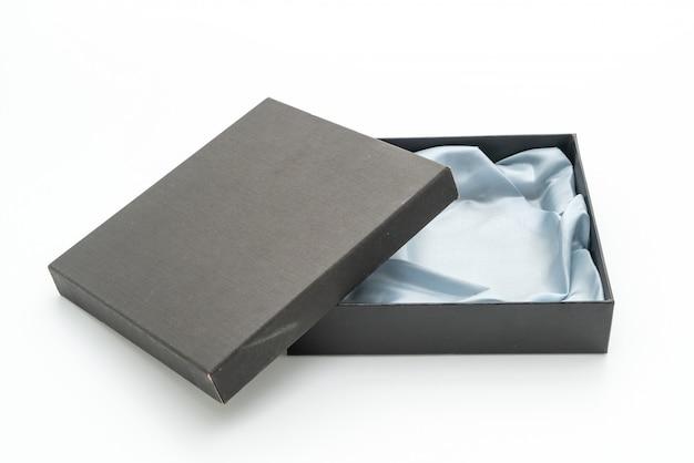 Czarne pudełko upominkowe