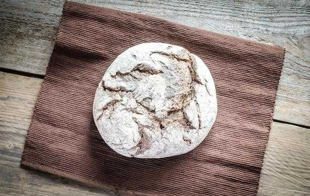 Czarny chleb żytni