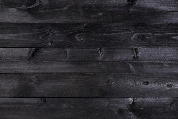 Czarny drewniany