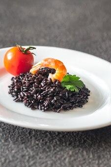 Czarny ryż z krewetkami