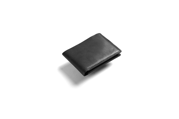 Czarny skórzany portfel na białym tle makiety do brandingu