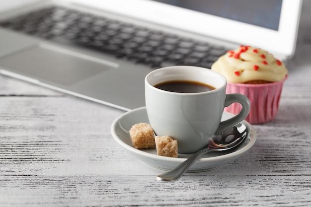 Czas na kawę w biurze