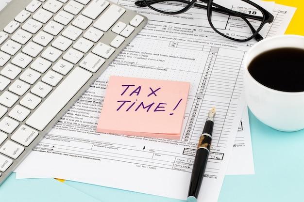 Czas podatkowy powiadomienie o konieczności złożenia zeznania podatkowego, formularz podatkowy
