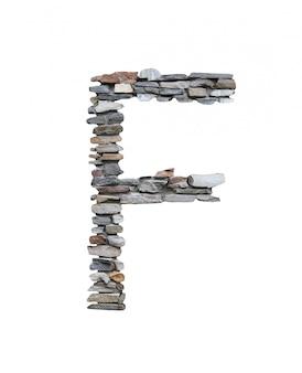 Czcionka f stworzyć z kamiennej ściany na białym tle.