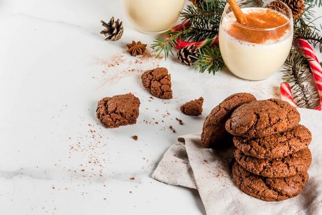 Czekoladowe ciasteczka crinkle na boże narodzenie