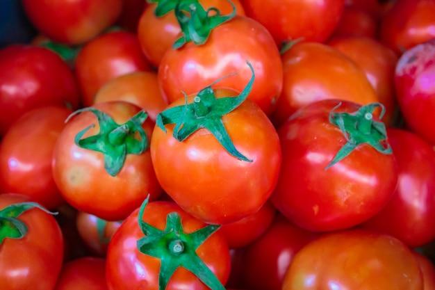 Czereśniowi pomidory przy rynku bangkok.
