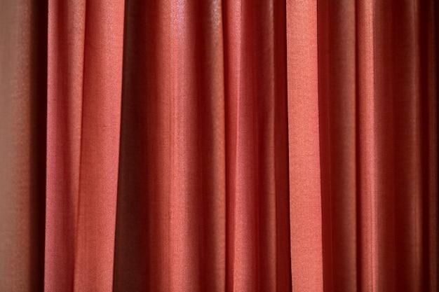 Czerwona kurtyna używana jako tło