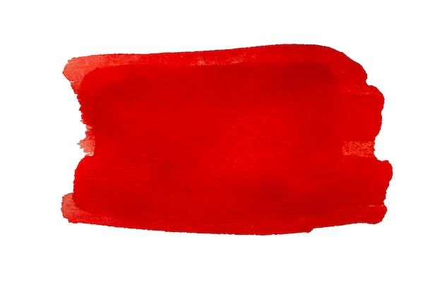 Czerwona plama akwarela z pociągnięcia pędzlem na białym tle.