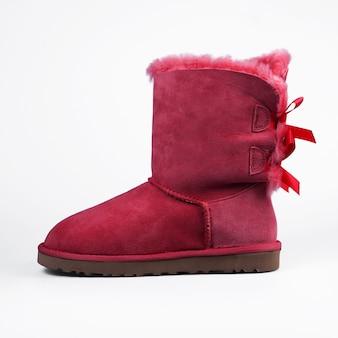 Czerwone buty na zimę
