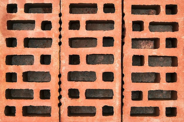 Czerwone cegły