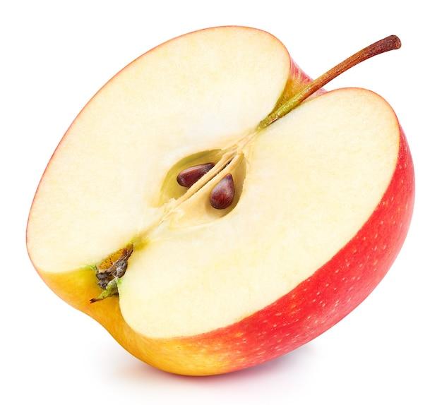 Czerwone jabłka na białym tle na białej powierzchni. dojrzałe, świeże jabłka clipping path. jakość zdjęcia makro