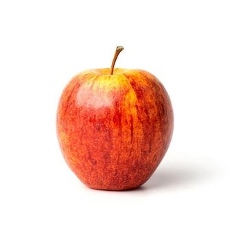 Czerwone jabłko na białym tle. ścieżka przycinająca zawiera się w tym obrazie.