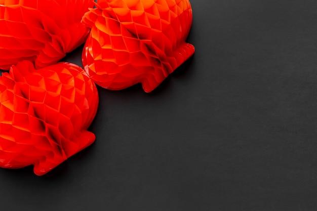 Czerwone lampiony na chiński nowy rok