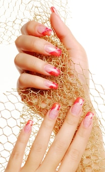 Czerwone, piękne paznokcie.