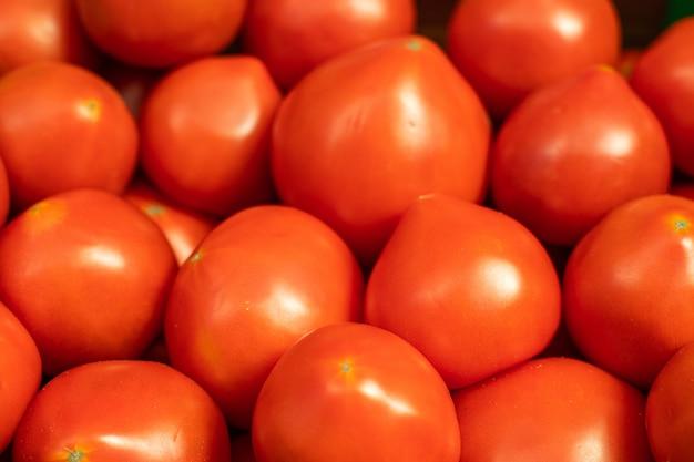 Czerwone pomidory
