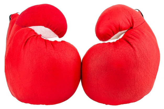 Czerwone rękawice bokserskie na białym tle.