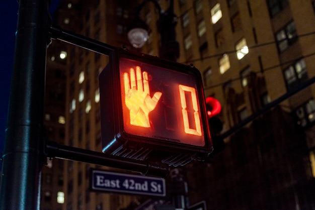 Czerwone światła w mieście