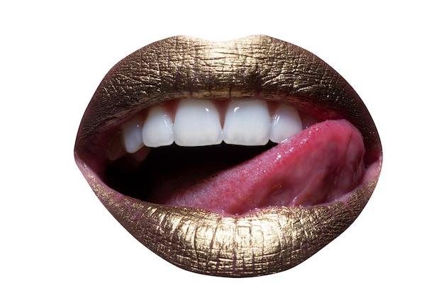 Czerwone usta, usta i język ikona. plakat i transparent z otwartymi ustami. close-up kobieta lizanie usta. kobiece usta sexy z językiem.