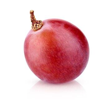 Czerwone Winogrona Na Białym Tle Na Białym Tle Ze ścieżką Przycinającą. Jeden Zbliżenie Jagód Z Cieniem. Premium Zdjęcia