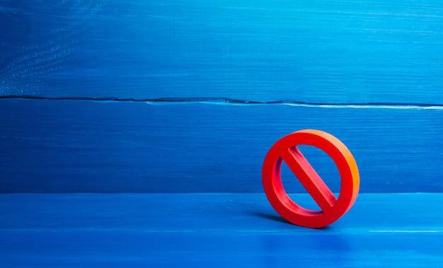 Czerwony symbol zakazu nie. wyrażenie protestu i niezgody.