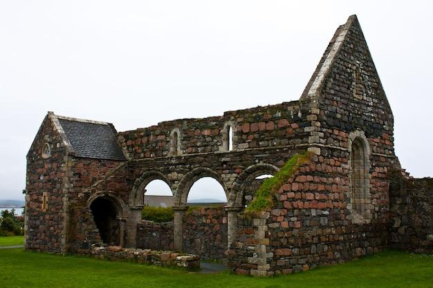 Część starego opactwa na wyspie iona w szkocji