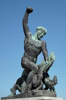 Część statuy wolności lub wolności w budapeszcie