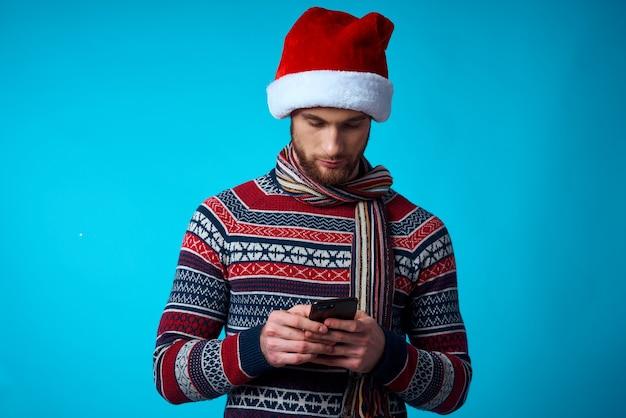 Człowiek nowy rok ubrania świąteczne wakacje na białym tle. zdjęcie wysokiej jakości