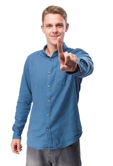 Człowiek z podniesionym palcem