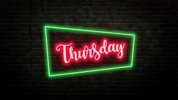 Czwartek znak godło w stylu neonowym na tle ściany z cegły