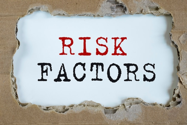 Czynniki ryzyka biznesowego, napis, koncepcja oceny