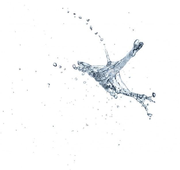 Czystej wody pluśnięcie odizolowywający na białym tle