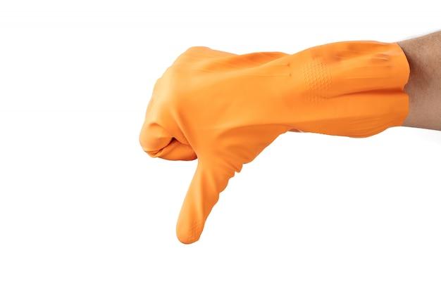 Czyszczenie gestami dłoni, gumowa pomarańczowa rękawica, do domu, ogrodu, ochrony. białe tło izolowania.