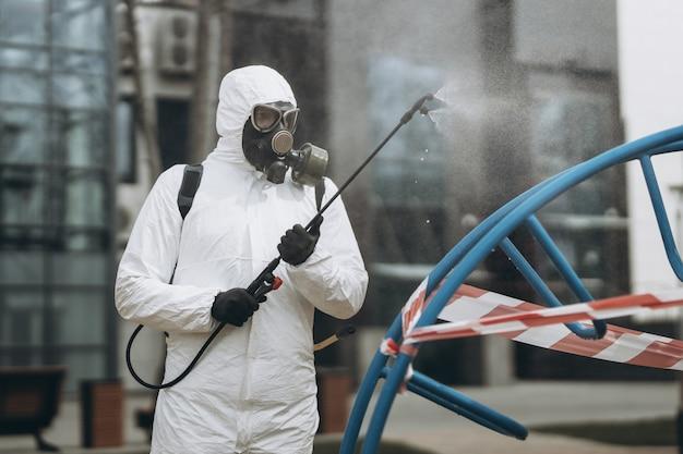 Czyszczenie i dezynfekcja w mieście
