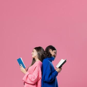 Czytanie matki i córki