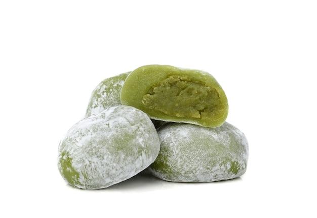 Daifuku mochi japoński deser na białym tle