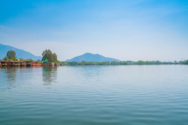 Dal jezioro, kaszmir w indiach