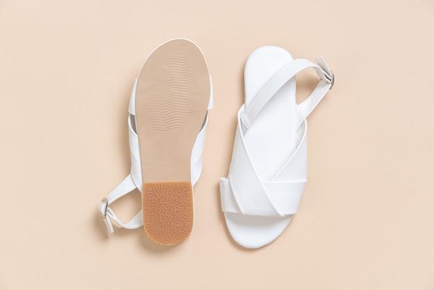 Damskie i damskie skórzane sandały