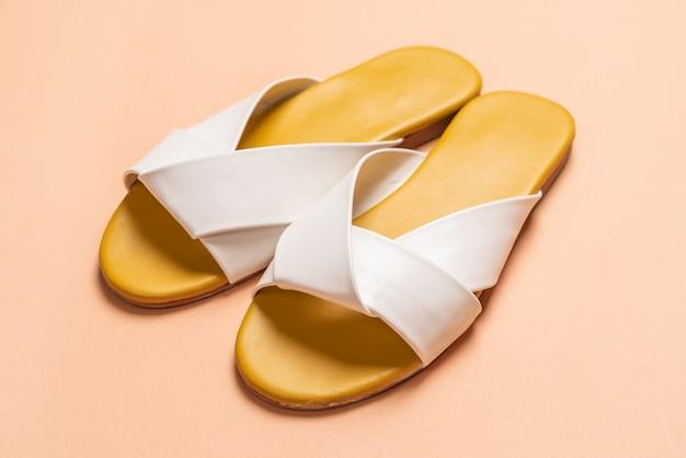 Damskie skórzane sandały