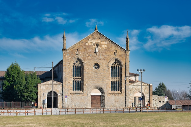Dekonsekrowany kościół sant'agostino w górnym mieście bergamo