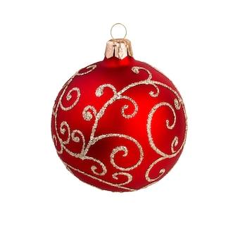 Dekoracja świąteczna. bombki choinkowe na białym tle. kompozycja noworoczna.