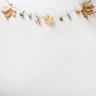 Dekoracje na jesień z miejscem na dole