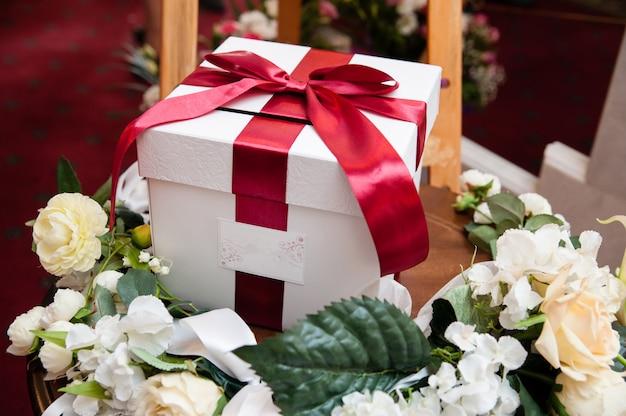 Dekoracje ślubne, pudełko na pieniądze.