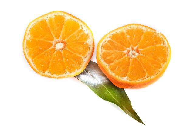 Delicious Clementine Przed Białym Tle Premium Zdjęcia