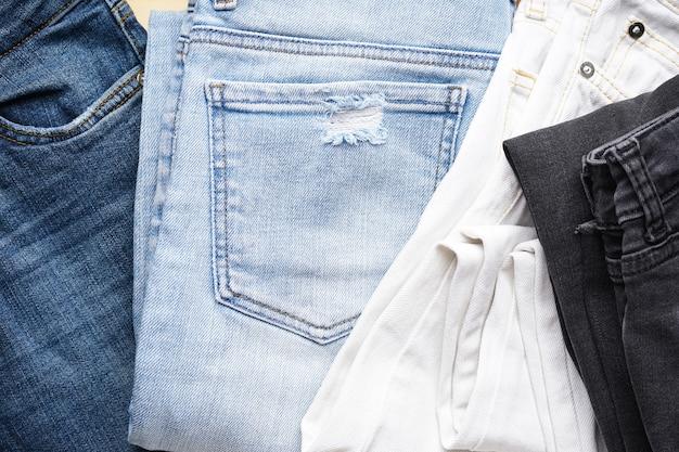 Denim jeans tekstury lub tło denim jeans, zbliżenie. leżał na płasko.