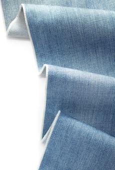 Denim niebieskie dżinsy na białym tle
