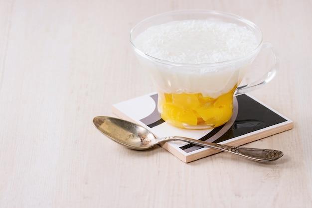 Deser tapioki z mango